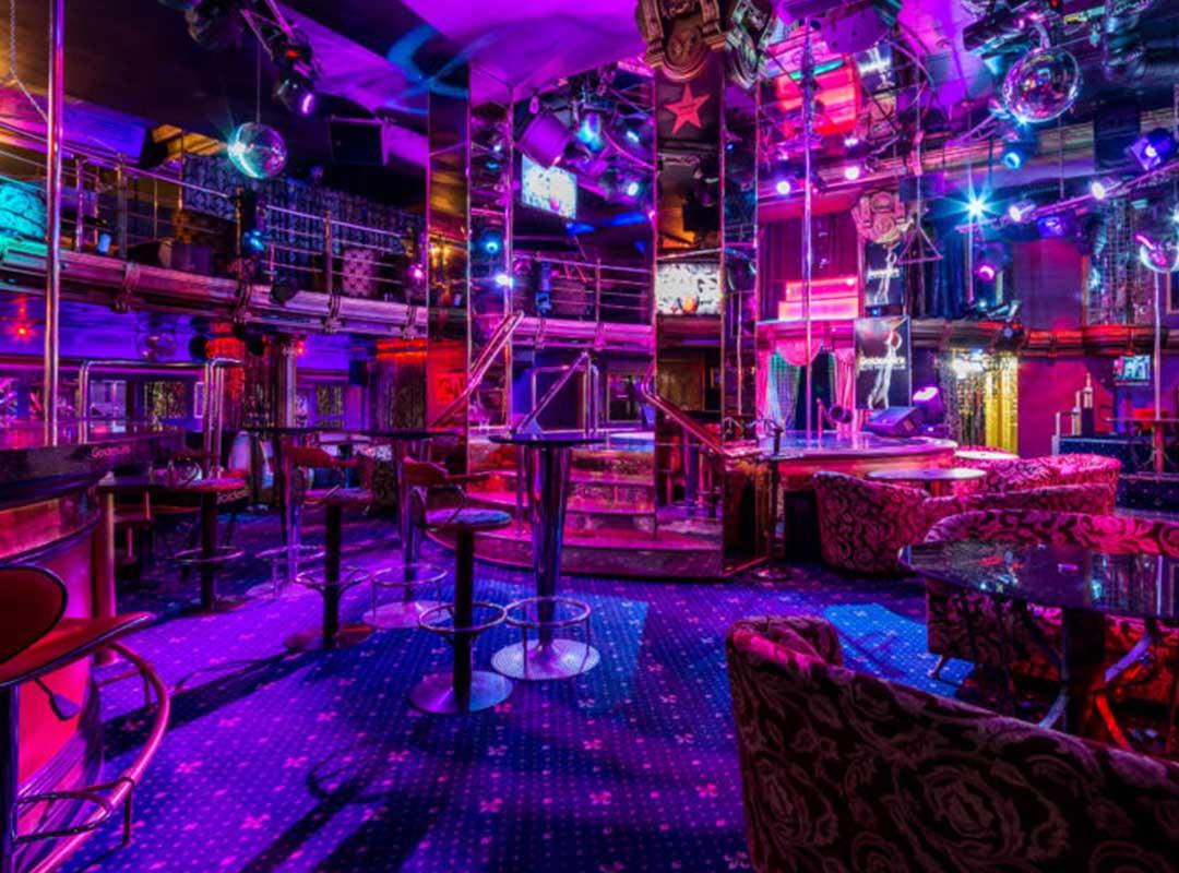 работа для девушек в ночном клубе за границей